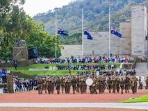 """€ de CANBERRA, AUSTRALIA """"25 de abril de 2019: Anzac Day National Ceremony se sostuvo anualmente en el monumento de guerra austr imagen de archivo libre de regalías"""