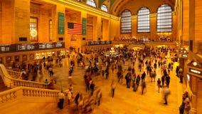"""€ de NEW YORK """"o 24 de julho: Horas de ponta na estação de Grand Central vídeos de arquivo"""