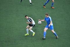 """€ de Orenburg, Rusia """"año del 8 de junio de 2017: Fútbol del juego de los muchachos Imagen de archivo libre de regalías"""