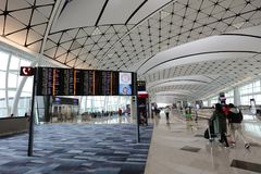 一个中场广场在HK国际机场 库存照片
