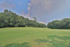 一个乡村俱乐部高尔夫球场在香港 免版税库存照片