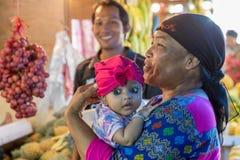 一个五颜六色的印度尼西亚婴孩的Portait 库存图片