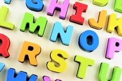 一个五颜六色的字母表玩具的图象 库存照片