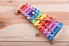 一个五颜六色的推挽式的玩具 库存图片