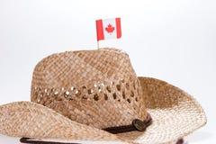 一个人的时兴的牛仔帽有加拿大的旗子的 免版税库存照片