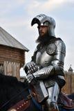 一个人的画象历史服装的 他骑马 免版税图库摄影