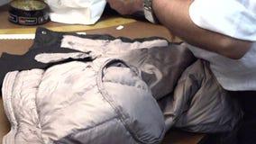 一个人缝合夹克 股票录像