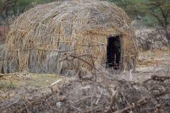一个传统马塞人房子在桑布鲁,肯尼亚 免版税库存照片