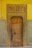 一个传统摩洛哥房子的老门 免版税库存照片