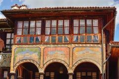 一个传统老房子在从时间的Koprivshtitsa保加利亚, 免版税库存照片