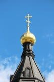 一个传统金黄圆屋顶在俄国大教堂里 免版税库存图片