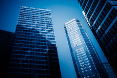 从一个低角度视图的摩天大楼在深圳 图库摄影