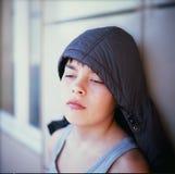 一个体贴的男孩的纵向 免版税库存图片