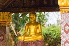 一个佛教神的雕象, Louangphabang,老挝 复制文本的空间 免版税库存照片