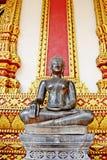 一个供以座位的菩萨图象 免版税库存图片