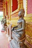 一个供以座位的菩萨图象 免版税库存照片