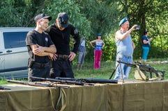 一个俄国军事假日-天的庆祝2016年8月2日的空降兵在村庄Kremenskaya卡卢加州regi 库存照片