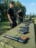 一个俄国军事假日-天的庆祝2016年8月2日的空降兵在村庄Kremenskaya卡卢加州regi 免版税图库摄影