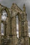 一个修道院的废墟从以往的年龄的 库存照片