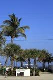 一个入口向由海海滩的劳德代尔 库存照片