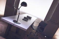 一个公司主任办公室的内部 免版税库存照片