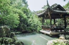 一个公园亭子在成都,中国 库存图片