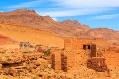 一个典型的摩洛哥巴巴里人村庄的风景 图库摄影