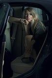 一个典雅的女孩的黑暗的纵向 免版税库存照片