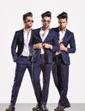 一个典雅的聪明的偶然时装业人的三个姿势 库存照片