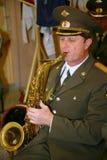 一个军事乐队的音乐家 免版税库存照片