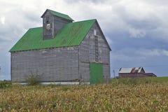 一个农村南部的俄亥俄农场的老谷仓 免版税库存照片
