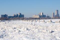一个冷的冷的海滩 库存照片