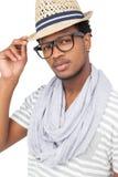 一个凉快的年轻人佩带的帽子的画象 库存照片