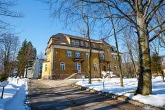 一个前宾馆Zychoniowka在扎科帕内 库存图片