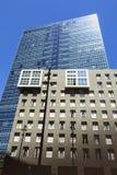 一个办公室塔的建筑细节在现代区o 库存图片