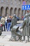 一个匿名路人的纪念碑,雕塑耶日Kalina,弗罗茨瓦夫,波兰 免版税库存照片