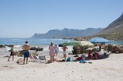 一个南非海滩的假日游客 免版税库存图片