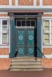 一个历史房子的装饰的门在施塔德县 免版税库存照片