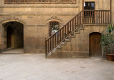 一个历史的房子的庭院在老开罗,埃及 库存照片