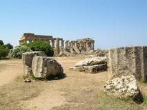 一个古希腊寺庙的废墟在Selinunte 图库摄影
