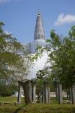 一个古庙的废墟在Dagoba Ranweli中的 Anuradhapura,斯里南卡 库存图片