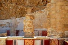 一个古庙的废墟 免版税库存照片
