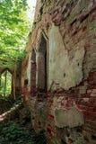 一个古老修道院的墙壁 免版税库存图片