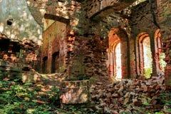 一个古老修道院的废墟 库存照片