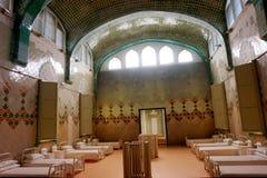 一个古老医院病房,显示在Sant波城医院的博物馆在巴塞罗那 免版税库存照片