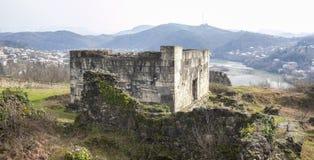 一个古老堡垒的废墟库塔伊西,乔治亚背景的  图库摄影