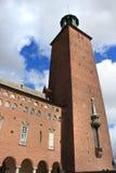 一个古老大厦在斯德哥尔摩使用了当市政厅 图库摄影