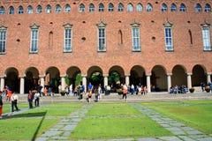 一个古老大厦在斯德哥尔摩使用了当市政厅 库存照片