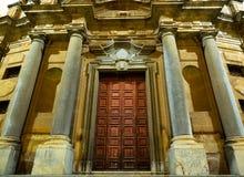 一个古老大厦的门面在巴勒莫 库存照片