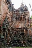 一个古老Bagan寺庙的恢复 库存照片